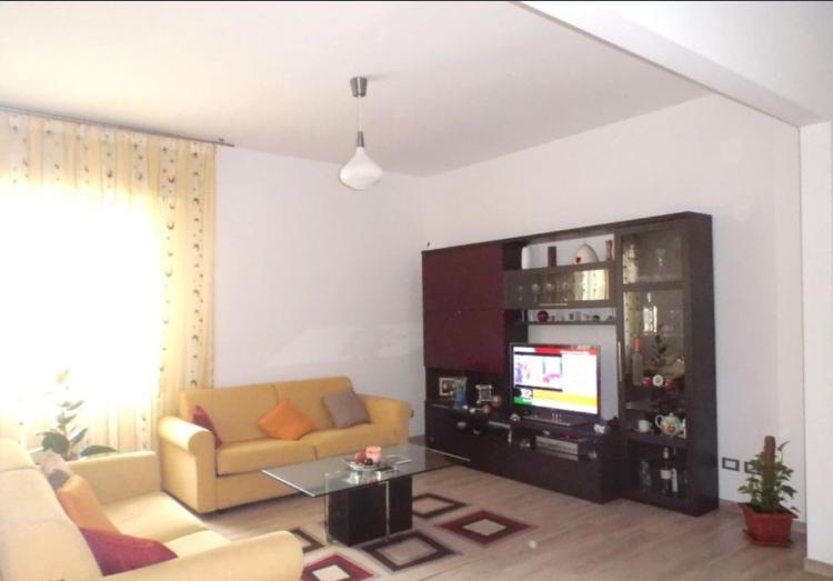 Appartamento Scandicci €228.000,00