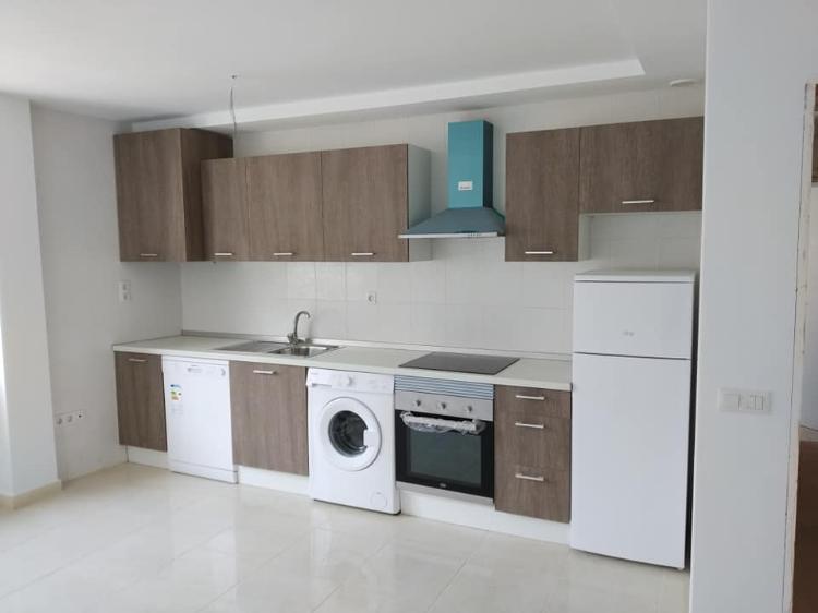 Appartamento Arona €98.600,00
