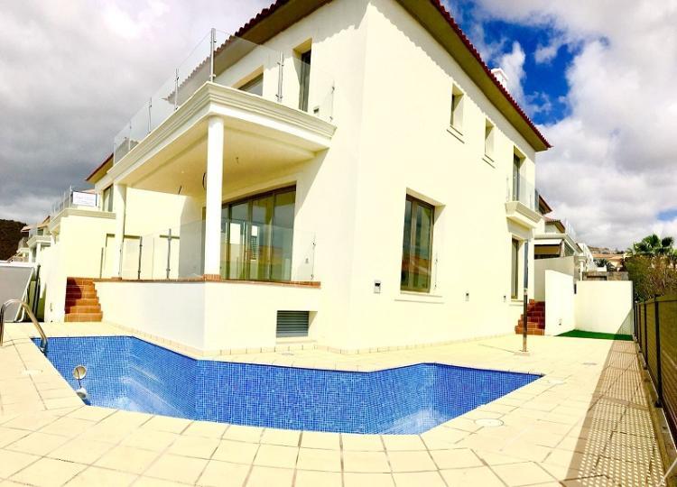 Villa indipendente Arona Euro 575.000,00