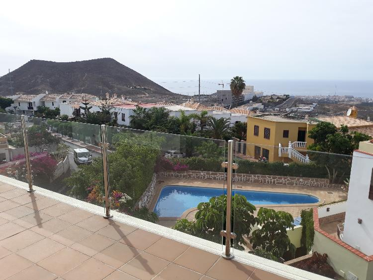 Villa indipendente Arona €575.000,00