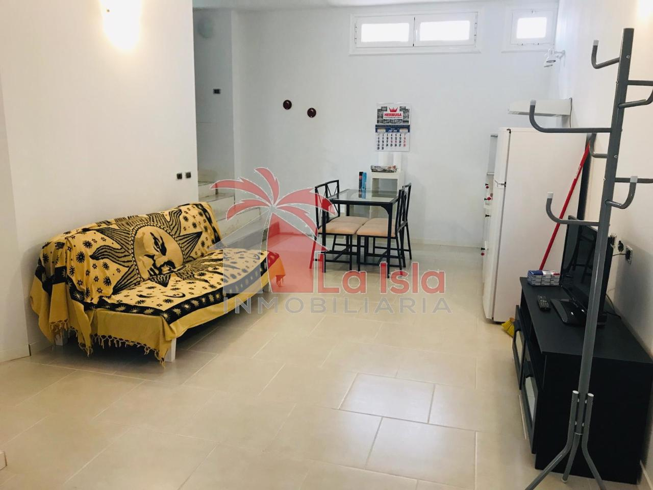 Villa a schiera Arona €249.000,00
